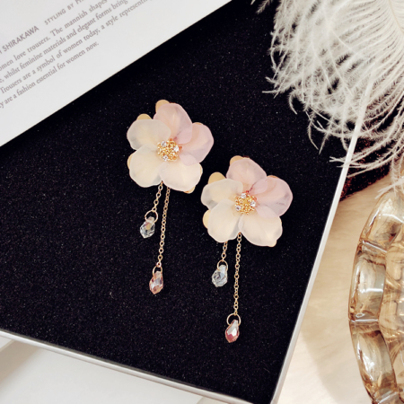 Blushing Lucy Floral Earrings
